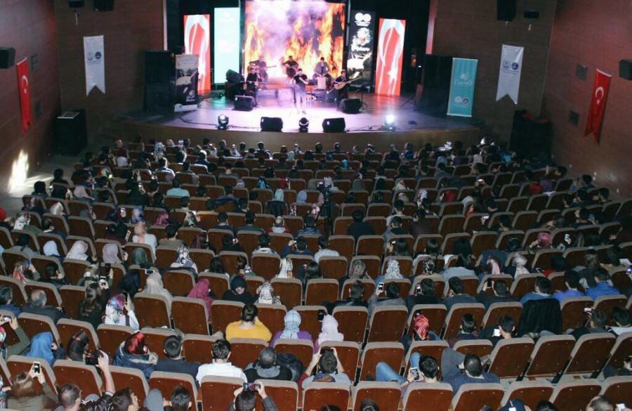 RADYO7'NİN GÖLGESİ KARABÜK'TEYDİ!