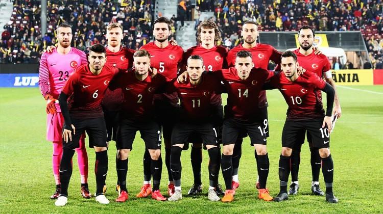 Türkiye-Arnavutluk! Muhtemel 11'ler