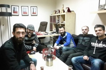 Yarda Nem Kaldı - Erkan Aksoy (Radyo 7 Akustik)