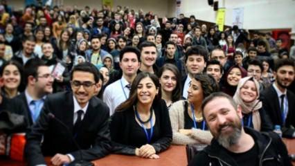 Talha Bora Öge Üniversitelilerle Buluştu