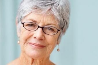 İnsanlar yaşlanınca saçları beyazlıyor da hayvanların tüyleri neden beyazlamıyor?