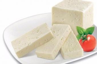 Uykudan önce peynir yemenin uykuyu kaçırdığı ya da kabuslara sebep olduğu doğru mu?