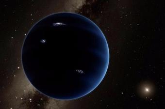 Bu yıldızlardan birinin kendi sistemi,yani etrafında dönen gezegenleri varsa yıldızın bize ulaşan ışığının parlaklığı beklenen değerin üzerinde ya da altında olur. Çünkü bu gezegen,yıldızın ışığına etki eden ikinci bir lens gibi işlev görüyor.