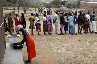 UGANDA GSYİH: 675 dolar Milli Gelir: 26,36 milyar dolar Nüfus: 39 milyon Yönetim şekli: Cumhuriyet