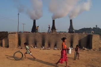 MYANMAR GSYİH: Bin 203 dolar Milli Gelir: 64,9 milyon dolar Nüfus: 53,9 milyon Yönetim şekli: Başkanlık