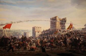 """İstanbul'un Fethi - 29 mayıs 1453 Fatih Sultan Mehmet' in """"Ya ben İstanbul'u alırım ya istanbul beni"""" diyerek kararlılığını gösterdiği ve savaşın sonunda """"Fatih"""" ünvanını aldığı, çağ açıp çağ kapatan zaferdir"""