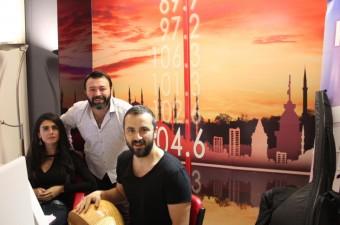 Canan Çal & Onur Şan - Kara Tren(Radyo7 Akustik)