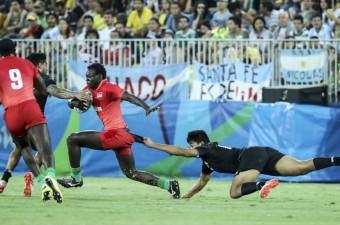 Brezilya'nın Rio De Janeiro kentinde yapılan Rio 2016 Yaz Oyunlarında rugby kategorisinde Yeni Zelanda ile Kenya karşı karşıya geldi.