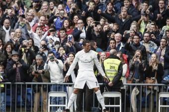 İspanya Birinci Futbol Ligi (La Liga) mücadelesinde, Real Madrid ile Athletic Bilbao takımları Santiago Bernabeu Stadı'nda karşı karşıya geldi. Real Madrid takımının futbolcusu Cristiano Ronaldo, gol sevinci yaşadı.