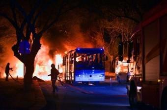 17 Şubat`ta Ankara Merasim Sokak'ta askeri servis araçlarının geçişi sırasında patlama meydana geldi.  Fotoğraf: Derya Yetim