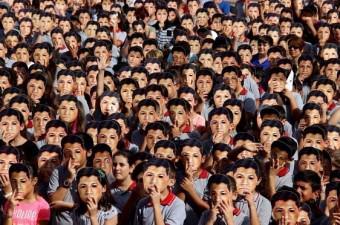 15 Temmuz darbe girişiminin ardından Milli Eğitim Bakanlığına devredilen ve ismi Şehit Ömer Halisdemir Ortaokulu olan eski Şehzade Mehmet Eğitim Kurumlarında şehidin ismine yakışır bir tören düzenlendi.