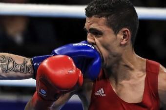 Brezilya'nın Rio De Janeiro kentinde yapılan Rio 2016 Yaz Oyunlarında erkekler boks 69 kiloda Faslı boksör Mohammed Rabii (fotoğrafta) ile İrlandalı Gerard Steven Donelly karşılaştı.