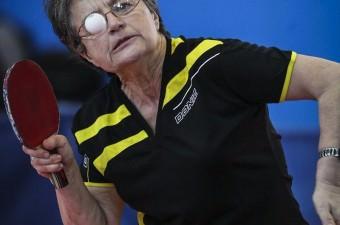 Fransız masa tenisi takımı ALCL TT Grand - Quevilly'nin sporcusu Lecorvec Carletto, 70 yaşında olmasına karşın aktif sporculuk kariyerini sürdürürken, en az 10 yıl daha çok sevdiği masa tenisiyle uğraşmayı hedefliyor.