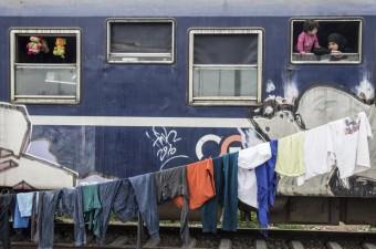 Yunanistan'ın Makedonya sınırındaki İdomeni kasabasında bulunan kampta, zor şartlara rağmen sığınmacıların bekleyişi devam etti.