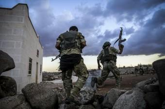 Özgür Suriye Ordusu (ÖSO), Fırat Kalkanı Harekatı kapsamında Çobanbey'e bağlı 2 köye operasyon düzenledi.