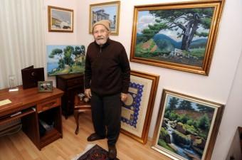 Ahmet Yakupoğlu- 2 Ekim 2016'da, dünyaca ünlü Kütahyalı naif ressam, neyzen Ahmet Yakupoğlu, 96 yaşında tedavi gördüğü hastanede vefat etti.