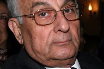 Hakkı Devrim- 15 Haziran 2016'da, gazeteci Hakkı Devrim, 87 yaşında hayatını kaybetti.