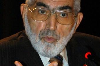 Korkut Özal- 2 Kasım 2016'da, 8. Cumhurbaşkanı Turgut Özal'ın kardeşi, eski bakanlardan Korkut Özal (87), İstanbul'daki evinde hayatını kaybetti.