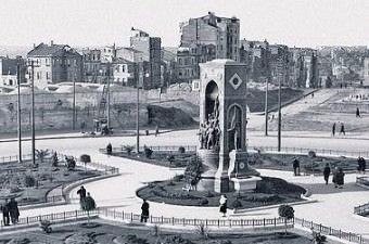 26. Taksim meydanı.