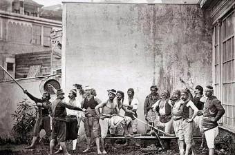82. Gönüllü itfaiyeciler, İstanbul, 1870'ler.