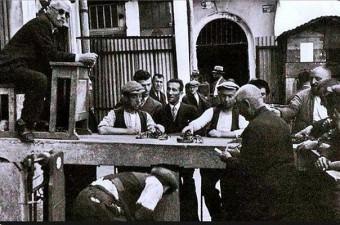 39. Açık artırmayla yapılan ıstakoz satışı - 1930'lar.