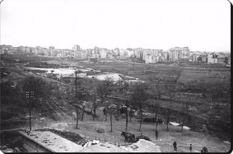 42. Harbiye Açıkhava Tiyatrosu inşa ediliyor. 1946