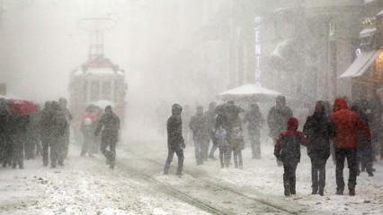 Dikkat! İstanbul'a yeniden kar geliyor