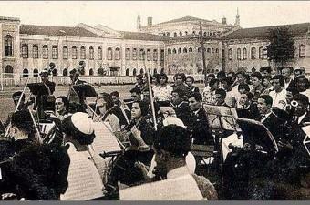 108. Yıl-1930-Yıkılan Taksim Stadında Klasik Müzik