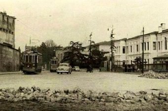79. Fındıklı'da yol genişletme çalışmaları (1950'li yılar.)
