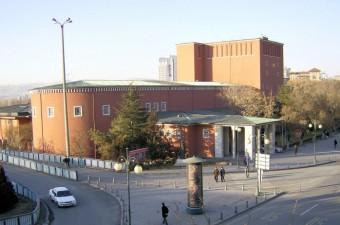 Ankara Devlet Opera ve Balesi Müdürlüğü: 1 bale sanatçısı alacak. Son başvuru bugün.