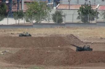 SURİYE'nin IŞİD denetimindeki bölgelerden ateşlenen füze saldırılarına maruz kalan Kilis'e, yerli üretim 'Serhat' ve 'Korkut' hava savunma sistemi kurulmaya başlandı.