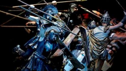 Anadolu Ateşi'nin 'Troya'sı Antalya'da sahnelendi