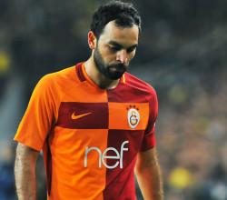 Flaş iddia! Selçuk İnan futbolu bırakıyor